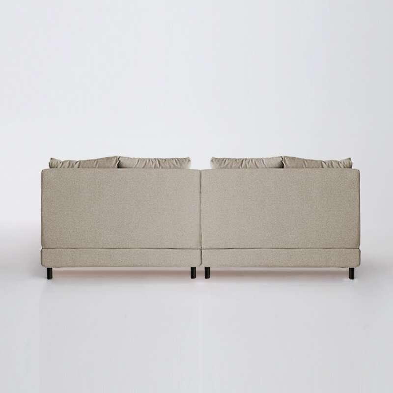 Sofá de 4 plazas del modelo Brick vista trasera tapizado en tela Austin beige de SITSOFA
