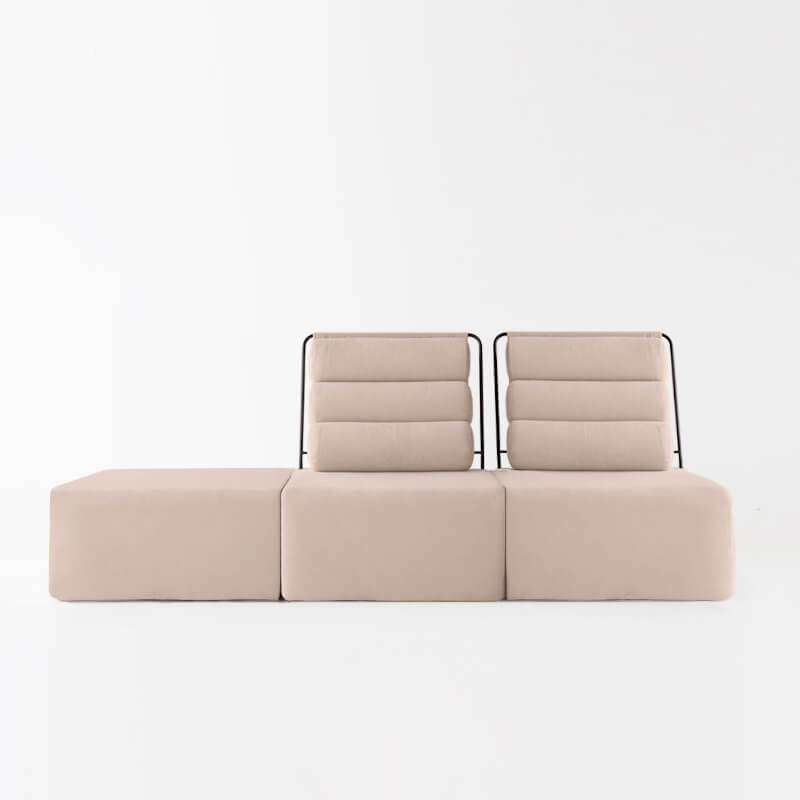 Sofá de 2 plazas con puf del modelo Roler tapizado en tela Austin Beige de SITSOFA