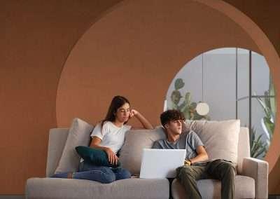 Sofá de 3 plazas con brazo derecho del modelo Brick tapizado en tela Enjoy Beige de SITSOFA