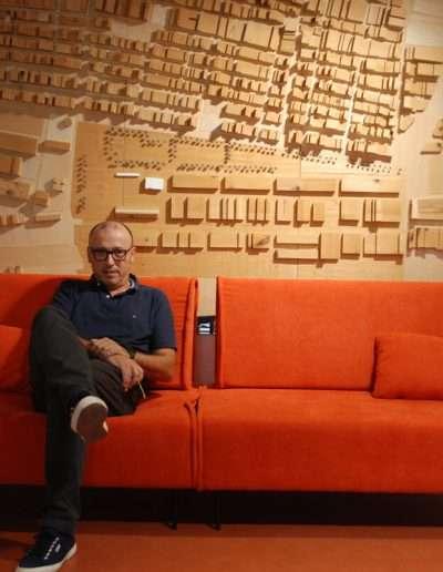 Sofás modulares Sofá de 2 plazas modelo sugar en tela enjoy lux orange de sitsofa